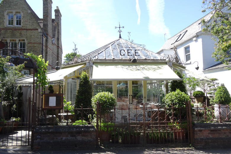 The exterior of Gee's Restaurant in Oxford, from Banbury Road