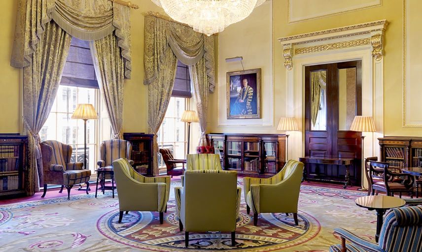 A sitting room in the Oxford and Cambridge Club