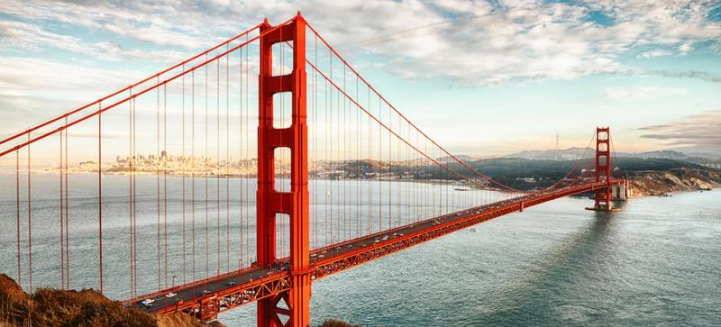 The Golden Gate Bridge with San Francisco in the background