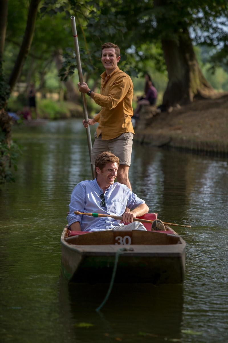 Harry Hortyn and Robert Phipps punting